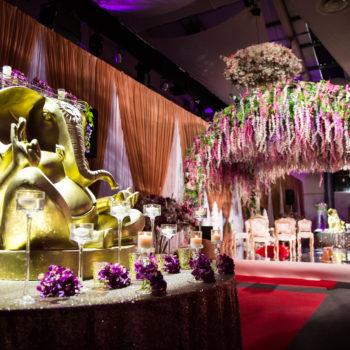 spectacular indian wedding venue decor